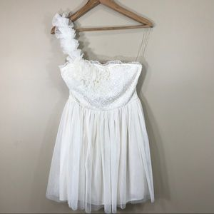 One shoulder off-white dress, size M